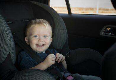 Sichere Autositze für unsere Kinder beitragsbild